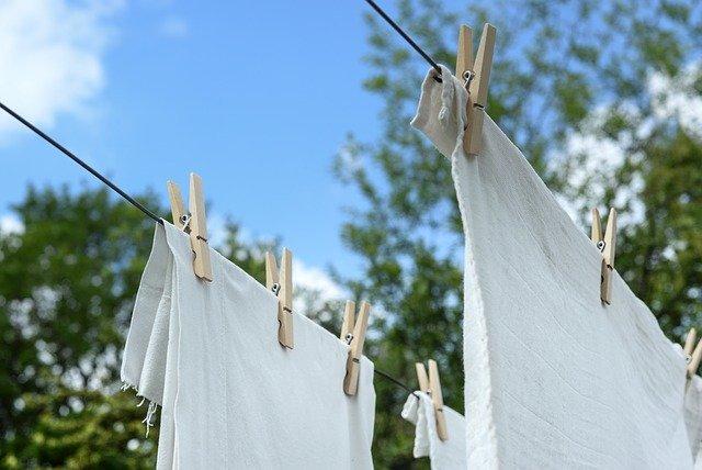 přikolíčkované prádlo