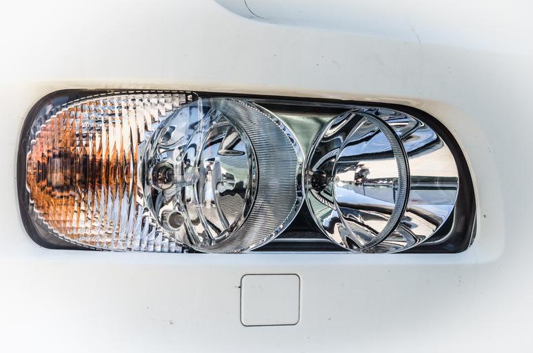 Světlo v autě