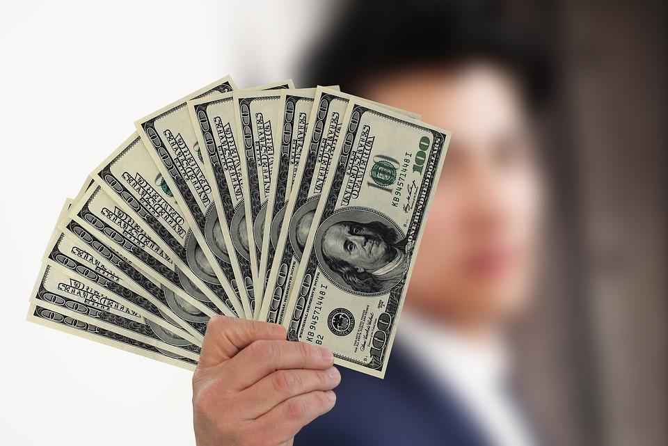 Problémy s penězi?